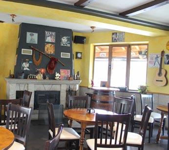 Albergue en Portomarín - O Mirador cafetería